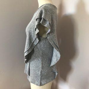 BB Dakota Tops - BB Dakota Gray Short Sleeve Ruffle Blouse Sz S